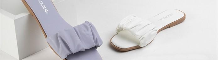 Sandals flats